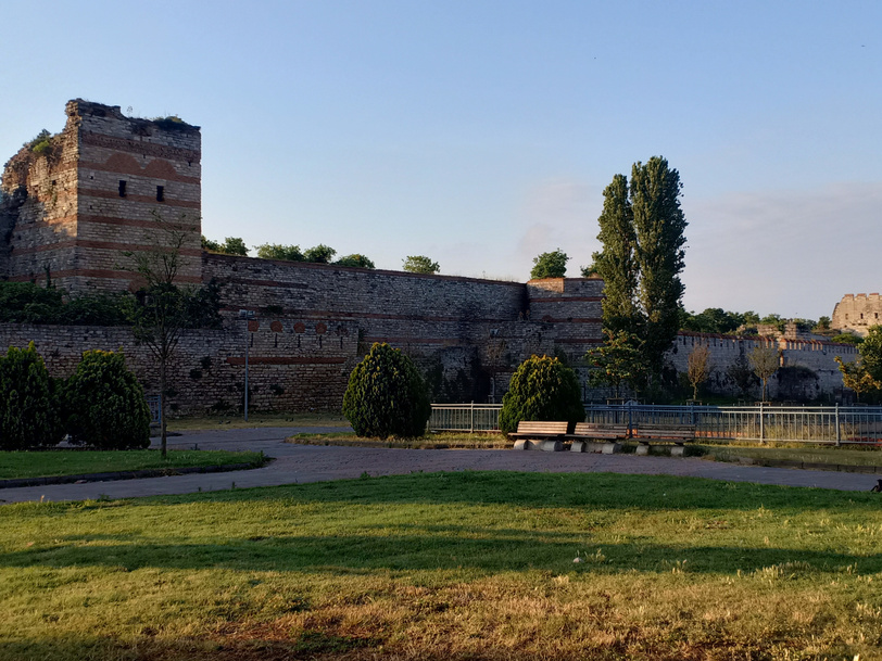 Tembok Theodosian, Istanbul, Turki