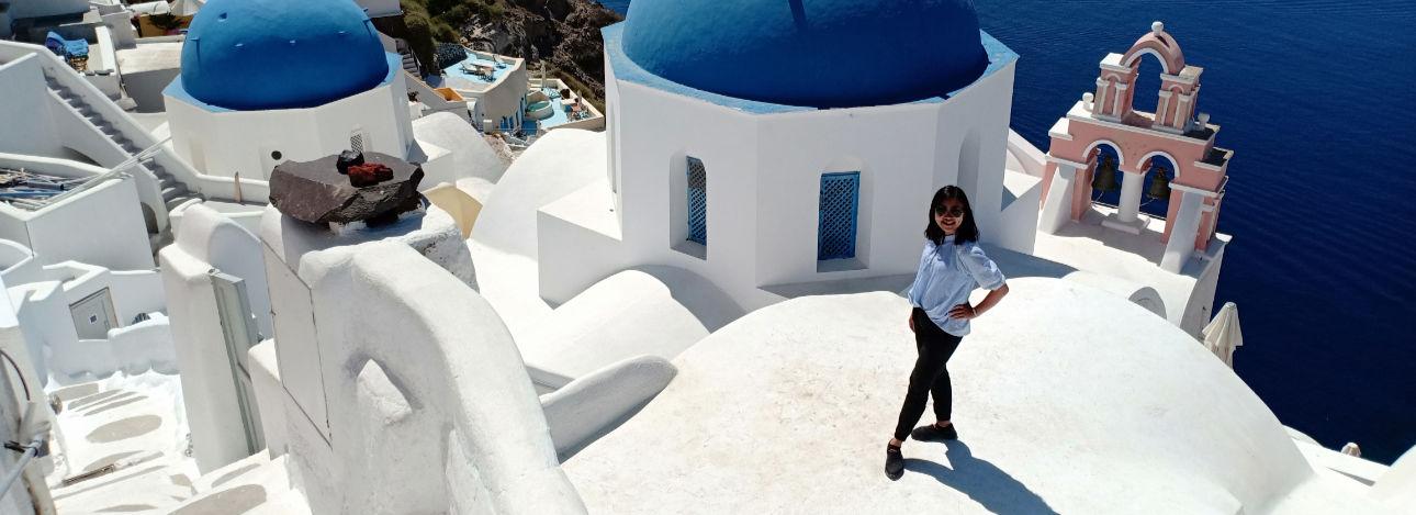 Menikmati Santorini dengan budget 3 jutaan - home