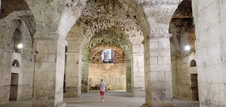 Basement Istana Diocletian, Split, Kroasia, Game of Thrones