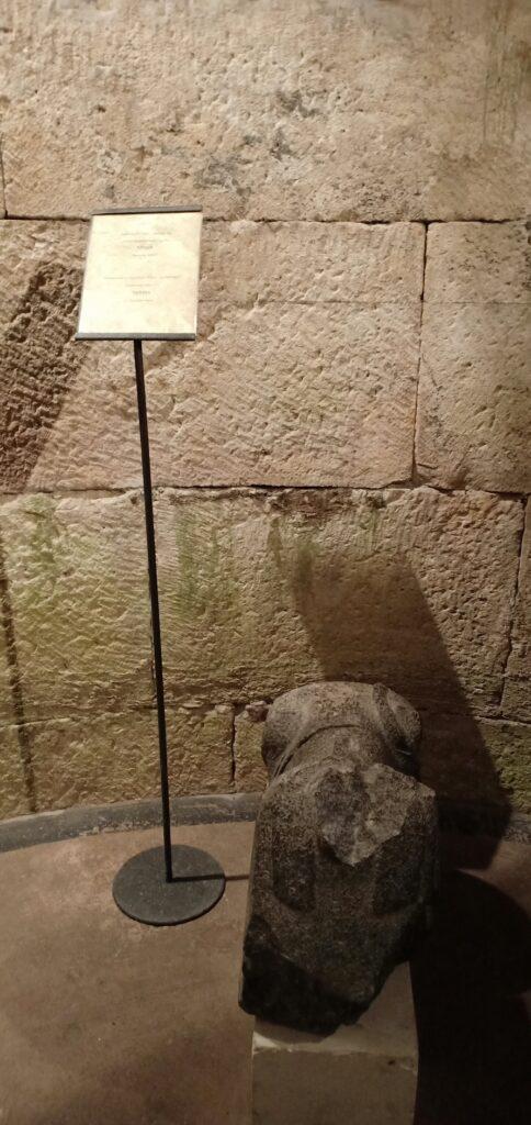 Salah satu patung Sphinx, Diocletian's Palace, Split, Kroasia